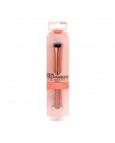 Real Techniques Expert Concealer Brush at SIS STYLE