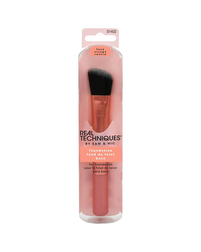 Real Techniques Base Foundation Brush at SIS STYLE
