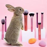 Shop ONLINE your favourite makeup brush set  🛍️ Sis-style.gr . . . #sis_beauty #sis_style #sisstylegr #realtechniques #realtechniquesbrush