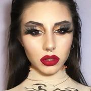 Friday's night #makeup before #covid_19 💔 MUA : @makeupby._nina_  . . . #sis_beauty #sis_choice #sis_style #sismuaclub