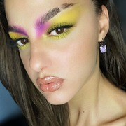 Here's some #makeupinspo by gorgeous #mua @annaj.dal 💜💛 . . . #sis_beauty #sis_style #sis_love