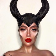 Gorgeous 💜 @bab.y.g.irl 💜  On the lips Mua Velvet Matte Long-wear Liquid  Lip - Firecracker  . . . #sis_beauty #sis_style #sisstylegr #mua #muagreece