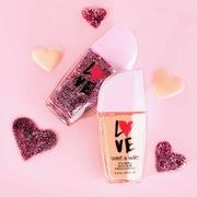 Το καταπληκτικό nail polish τώρα με νέα Limited Edition εμφάνιση 💕 Shop ONLINE 🛍️ sis-style.gr . . . #sis_beauty #sis_style #wetnwildbeauty #nailpolish #wetnwild #wetnwildgreece
